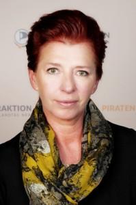 Simone Brand MdL, Integrationspolitische Sprecherin der Piratenfraktion NRW und Sprecherin der Piratenfraktion NRW im Untersuchungsausschuss Silvesternacht 2015